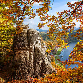 Jenny Rainbow - Golden Frame. Saxon Switzerland
