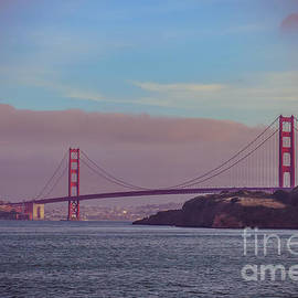 Claudia M Photography - Golden Gate at golden hour