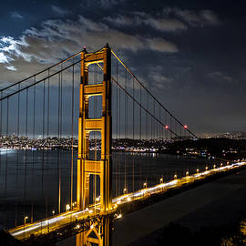 Travis Souza - Golden Gate Mooonshine