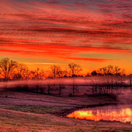 Reid Callaway - Golden Mist Sunrise Walker Farm Art