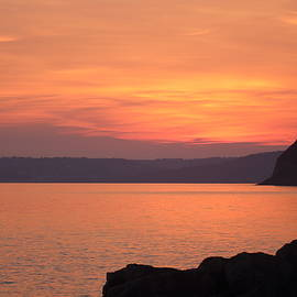 Rumyana Whitcher - Golden Sunset At Jurassic Coast