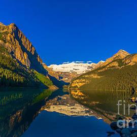 John Roberts - Good Morning Lake Louise