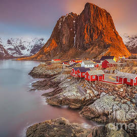 Pawel Klarecki - Good Morning Lofoten II