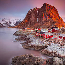 Pawel Klarecki - Good morning Lofoten