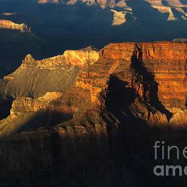 Bob Christopher - Grand Canyon Arizona Light And Shadow 2