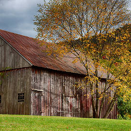 Jeff Folger - Gray weathered barn number one