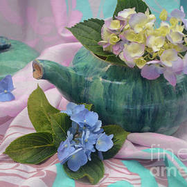 Luv Photography - Green Teapot And Hydrangea