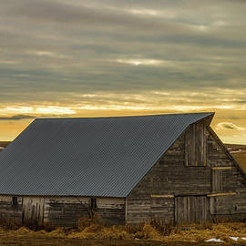 Jeffrey Henry - Grey Barn and Sky