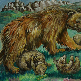 Dawn Senior-Trask - Grizzly Mother with Cubs