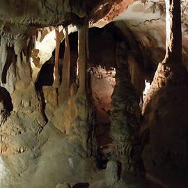 Colette V Hera  Guggenheim  - Grotte Magadaleine South France