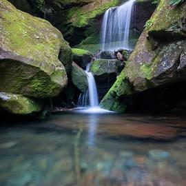 Thomas Schoeller - Grotto Falls-The Lower Cascades
