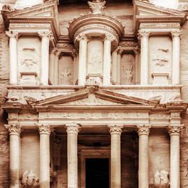 Nicola Nobile - Guarding The Petra Treasury