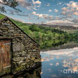 Adrian Evans - Gwynant Lake Sunset
