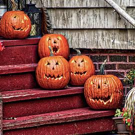 Halloween Jack O Lantern Family