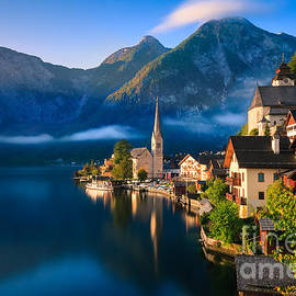 Henk Meijer Photography - Hallstatt is a village in the Salzkammergut, a region in Austria