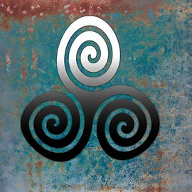 Kandy Hurley - Hammered Metal Triple Spiral
