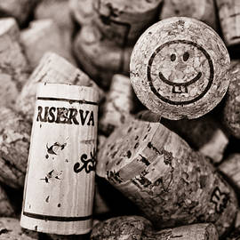 Colleen Kammerer - Happy Hour - Corks