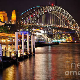 Kaye Menner - Harbour Bridge from Circular Quay by Kaye Menner