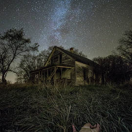 Aaron J Groen - Haunted Memories