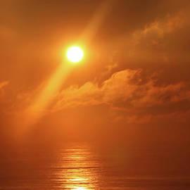 Jeff Breiman - Hazy Orange Sunrise On The Jersey Shore