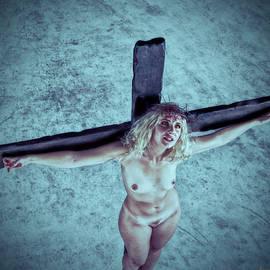 Ramon Martinez - HDR Crucified woman