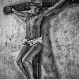 Ramon Martinez - HDR crucifix in Black and White