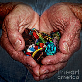 Janice Bays - Heart in His Hands