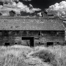 Mark Kiver - Historic Blasdel Barn in Kalispell