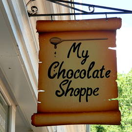 Arlane Crump - HOMETOWN Series - Local Shoppe