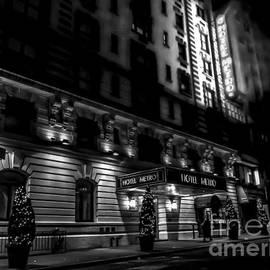 James Aiken - Hotel Metro, NYC - BW