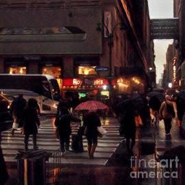 Miriam Danar - Hurrying Home - New York in the Rain