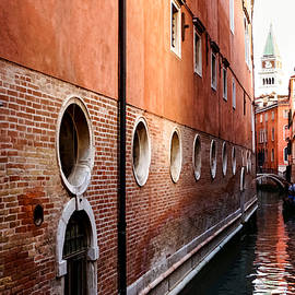 Georgia Mizuleva - Impressions of Venice - Palaces and Side Canals