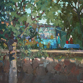 Juliya Zhukova - In a garden at the grandmother