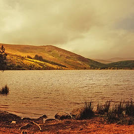 Jenny Rainbow - In a Magic Place in a Mystic Mood. Lough Dan. Wicklow. Ireland