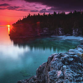 Indian Head Cove Sunrise Flare - Cale Best