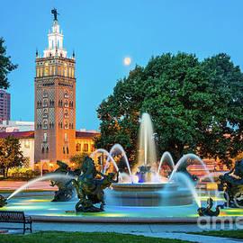J.C. Nichols Memorial Fountain - Inge Johnsson