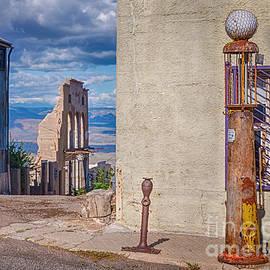Priscilla Burgers - Jerome Arizona - A Mining Ghost Town On a Hill