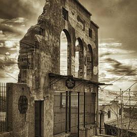 Priscilla Burgers - Jerome Market Ruins in Sepia