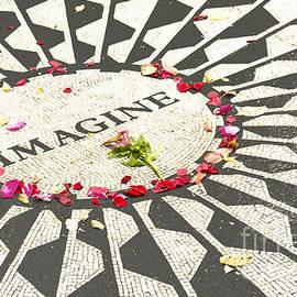 Regina Geoghan - John Lennon Imagine Mosaic-Central Park