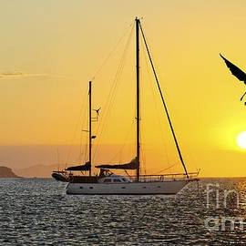 Geoff Childs - Keppel Island Sunset
