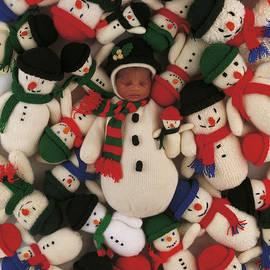 Knitted Snowman - Anne Geddes
