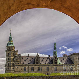 Antony McAulay - Kronborg castle Through Arch