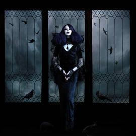 Spokenin RED - Lady of Crows