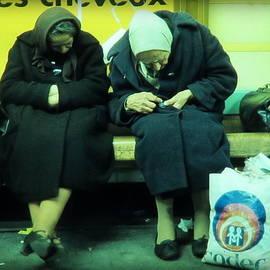 Daniel Gomez - Ladys in Paris Metro