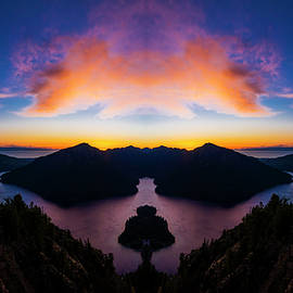 Pelo Blanco Photo - Lake Crescent Reflection