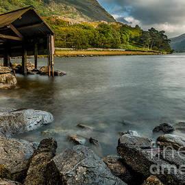 Adrian Evans - Lake Gwynant Autumn
