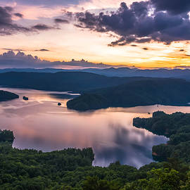Serge Skiba - Lake Jocassee Sunset