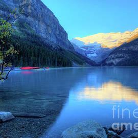 Wayne Moran - Lake Louise Autumn Bright Sunrise Banff National Park