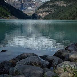 Patricia Hofmeester - Lake Louise