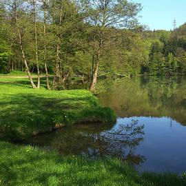 Jenny Rainbow - Lake Reflections